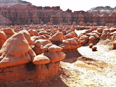 Goblin Valley State Park is a State Park in Green River. Plan your road trip to Goblin Valley State Park in UT with Roadtrippers. Oh The Places You'll Go, Places To Travel, Places To Visit, Formations Rocheuses, Utah Vacation, Utah Adventures, Destination Voyage, Parcs, Adventure Is Out There