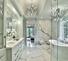 32 ultra modern master bathroom ideas to inspire your next renovation 13 – Luxury bathroom - Bathroom Ideas Beautiful Bedrooms Master, Bathroom Style, Bathroom Interior Design, Modern Master Bathroom, Master Bathroom Design, House Interior, Luxury Bathroom, Bathroom Decor, Beautiful Bathrooms