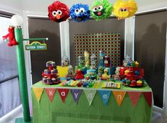 cookie monster party activities | ... party she did for her son's party, very cute idea with the poms
