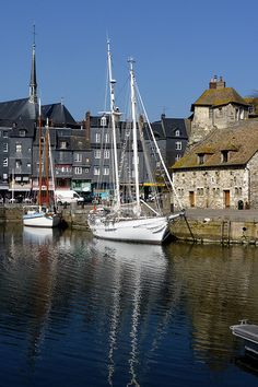Honfleur, France. Travel in France and learn fluent French with the Eurolingua Institute http://www.eurolingua.com/french/homestay-france-2