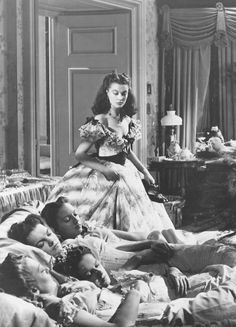 Scarlett O'Hara (Vivien Leigh) in Gone with the Wind Go To Movies, Old Movies, Great Movies, Hollywood Stars, Classic Hollywood, Old Hollywood, Hollywood Jewelry, Hollywood Glamour, Vivien Leigh