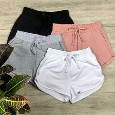 summer outfits for girls Cute Lazy Outfits, Teenage Outfits, Fashion Mode, Sporty Outfits, Summer Fashion Outfits, Trendy Outfits, Girl Outfits, Fashion Fall, Shorts Outfits For Teens