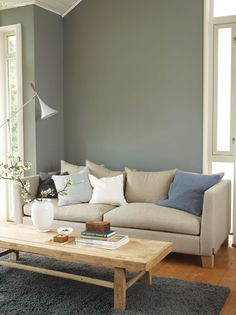 Lady Pure Color 1462 Grå Skifer passer til bomull Wall Paint Colors, Paint Colors For Living Room, My Living Room, Living Room Decor, Inspiration Wand, Living Room Inspiration, Colorful Interior Design, Interior Design Inspiration, Jotun Lady