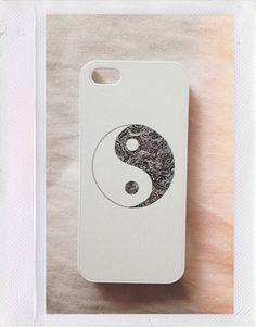 Black and White Yin Yang Case