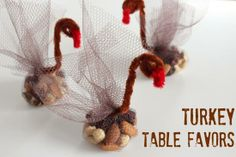 Turkey Table Favors for Thanksgiving makeandtakes.com