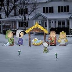 Charlie Brown Christmas Yard Art decor. Peanuts nativity - hammered metal.