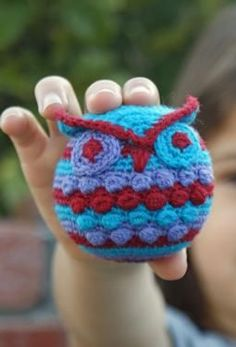 Hootie Who Owl Crochet Ornament - Knitting Patterns by Deja Jetmir