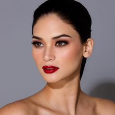 Pia Wurtzbach Red Lipstick Makeup