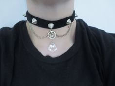 spiked pentagram choker, pastel goth choker, nu goth, grunge, gothic choker, goth jewelry, pentagram necklace. chain choker