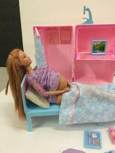 Barbie Loving Care Happy Family Pregnant Baby