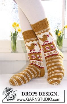 "Knitted DROPS socks in ""Karisma"" with Easter pattern. Size 32-43. ~ DROPS Design"