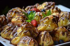 Tiramisu filled profitor rolls Sugar Rush, Tiramisu, French Toast, Rolls, Breakfast, Desserts, Food, Morning Coffee, Tailgate Desserts