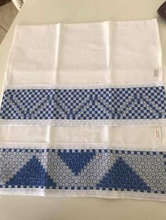 Bordado em tecido xadrez - Panos de Copa (Detalhes sobre o bordado... Visitar)
