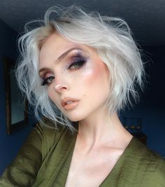 """30.5k Likes, 176 Comments - Molly Bee (@beautsoup) on Instagram: """"natural brows, speckled eyes and nude lips, would you like a close-up? 