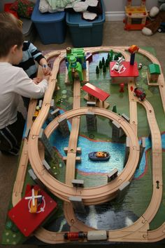 like ocean glass: DIY Train Table