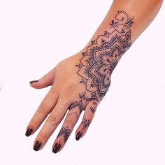 """Tattoos Ideas on Instagram: """"Which one is your favorite? Tag someone who loves tattoos 😍 ———————————————— Follow us @creative.tatts ✨ . .C @anais_chabane…"""" Wrist Hand Tattoo, Tribal Hand Tattoos, Mandala Wrist Tattoo, Hand And Finger Tattoos, Cute Finger Tattoos, Finger Tattoo For Women, Small Hand Tattoos, Body Art Tattoos, Cool Tattoos"""
