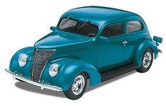 Monogram/Revell 1937 Ford Sedan -- Plastic Model Car Kit -- 1/24 Scale -- #850884