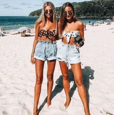 Trendy Beachwear for the Summer (notitle) Shotting Photo, Summer Outfits, Cute Outfits, Summer Pictures, Seaside Pictures, Beach Photos, Best Friend Pictures, Best Friend Goals, Best Friends Forever