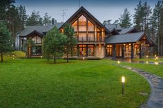 Log home in Russia. Honka log homes. Barn House Plans, Pole Barn Homes, Log Cabin Homes, Sims House, Dream Home Design, Luxury Kitchens, Design Case, Home Fashion, House In The Woods