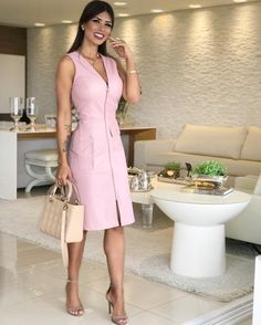 Vestidos Casuales Largos y Midi de Moda - Summer Tutorial and Ideas Casual Dresses, Short Dresses, Casual Outfits, Fashion Dresses, Dresses For Work, Summer Dresses, Look Office, Work Attire, I Dress