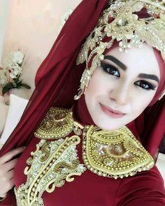 Hijab Bride, Bride Groom Dress, Pakistani Wedding Dresses, Dream Wedding Dresses, Bridal Dresses, Nigerian Weddings, African Weddings, Muslim Brides, Muslim Couples