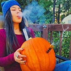 Would you hit the pumpkin bong? - http://cannabizz.co/would-you-hit-the-pumpkin-bong/
