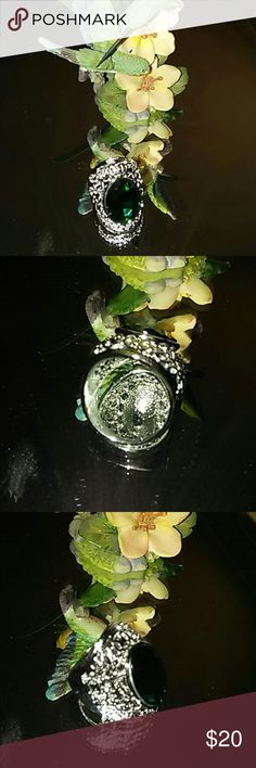 Filigre925 sterling silver green stone ring Big ring mostly filigre with green stone size 7 unbranded Jewelry Rings