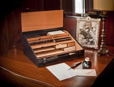 Planarità accessori da scrivania ufficio foto royalty free