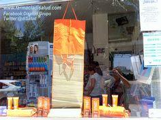 @DiSalud Grupo (Farmacia+DiSalud Te Cuida, s.l.) con Protec Solar_Escaparate_Fast_1_M612