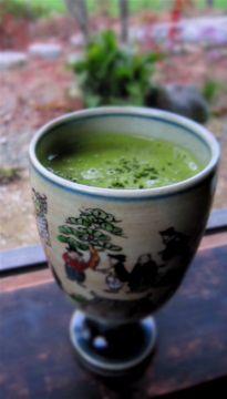 Recipe: Japanese-Style Matcha Green Tea Eggnog 抹茶卵酒のレシピ