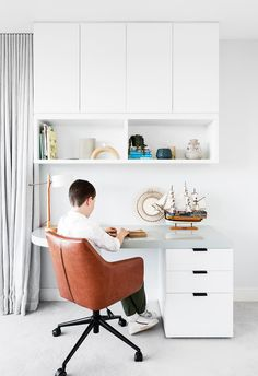 Kids home office space, desk with overhead covers. Modern Victorian, Victorian Terrace, Study Office, Office Walls, Simple Desk, Yellow Houses, Workspace Inspiration, House Inside, Home Office Space