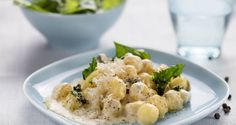 Ricetta di Gnocchi con salsa spinaci e gorgonzola