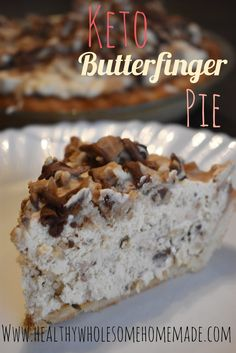 Keto butterfinger crispy crunch pie - healthy wholesome home Keto Desserts, Desserts Sains, Keto Friendly Desserts, Dessert Recipes, Holiday Desserts, Keto Snacks, Irish Desserts, Dinner Recipes, Diabetic Snacks