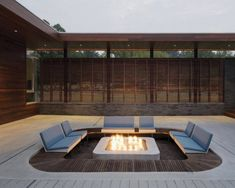 Sunken patio fire pit ideas for creating eye-catching features in your backyard. Add a sunken fire pit seating to turn your patio into a magical retreat. Fire Pit Seating, Outdoor Seating, Outdoor Spaces, Outdoor Living, Outdoor Decor, Outdoor Photos, Backyard Seating, Deck Seating, Outdoor Privacy