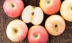 Met behulp van appels legt deze lerares haar leerlingen uit wat voor schade pesterijen kunnen aanrichten en dat maakt indruk...