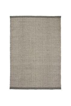 Rustik matta i mjuk ull med vacker struktur. <br><br>100%…