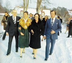 & her family prior the wedding. Princess Estelle, Princess Madeleine, Crown Princess Victoria, Prince And Princess, Queen Of Sweden, Swedish Royalty, Prince Carl Philip, Queen Silvia, Jfk