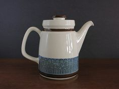 Vintage Rörstrand Amanda Coffee Pot Christina by EightMileVintage Coffee Server, Brown Band, Fika, Kitchen Items, Dining Rooms, Sweden, Scandinavian, Tea Pots, Amanda