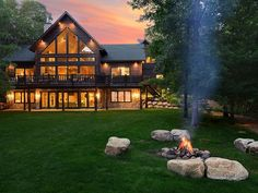 Pelican Pines Lakehouse luxurious cabin... - VRBO