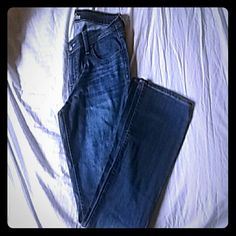 The Diva Jeans/Old Navy New never worn. Has no tags Old Navy Jeans Boot Cut