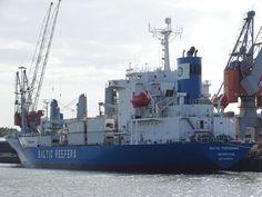 http://koopvaardij.blogspot.nl/2017/10/lading-gaan-schuiven-in-stormachtig.html    Lading gaan schuiven in stormachtig weer  Cargo shift in Bay of Biscay