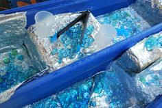 Aluminum Foil Lined Sensory Table | Familylicious Reviews and Giveaways