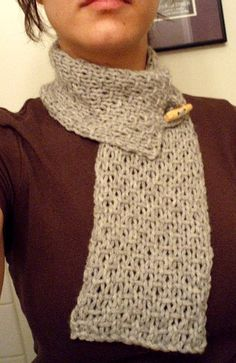 Neck warmer -- I've made a couple of these. Very easy, quick knit! by Carmen Perry Crochet Quilt, Knit Or Crochet, Knitting Patterns, Cashmere Yarn, Quick Knits, Crochet Baby Hats, Mr Bean, Yarn Projects, Crochet Hearts