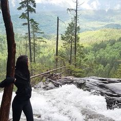 First hike of the season and it felt so good  #BridalVeilFalls #PNW #WA