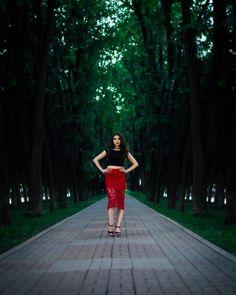 "просто фото ""#фотопрогулка #фотопрогулкауфа #фотографуфа #уфафотограф #уфа #черниковкауфа #модель #modelufa #fashionufa #девушкавкрасном #локоны #girl #beautiful #beauty #summer #instagood #instalike #парк #аллея #фотовпарке #галиевафоткала "" от galieva_photo May 28 2016 at 10:45PM"