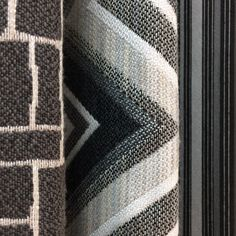 Just some achromatic geometry to help you start your week out right! Check out our Alaxi and Silver State Fabric collections on our website:  https://www.silverstatetextiles.com/  See you there!  Textiles featured (left to right) Cobblestone Granite Fischer Graphite Claudia Ashes  #silverstate #silverstateinc #silverstatetextiles #silverstatefabrics #alaxi #sunbrella #textile #textiles #fabric #fabrics #design #inspiration #cobblestonegranite #fischergraphite #claudiaashes #achromatic…