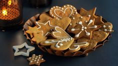 Cookie party idea: Scandinavian Christmas and pepperkakaverkstd (gingerbread man factory) cookie party idea! Ginger Bread Cookies Recipe, Ginger Cookies, Cookie Recipes, Vegan Recipes, Vegan Christmas Cookies, Holiday Cookies, Pepperkaker Recipe, Gingerbread Man, Gingerbread Cookies