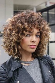The Most Popular Medium Haircut Inspiration for 2018 The Most Popular Medium Haircut Inspiration for Curly Cut With Baby Bangs Related posts:Short Pixie Haircuts for Stylish WomenWeave patterns that look great only in short hair Short Curly Haircuts, Layered Bob Hairstyles, Haircuts With Bangs, Hairstyles Haircuts, Curly Short, Pixie Haircuts, Medium Hairstyles, Braided Hairstyles, Wedding Hairstyles
