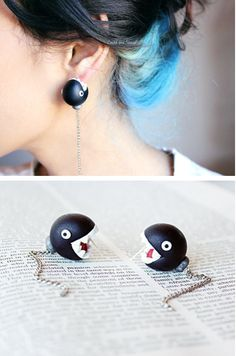 Interesante propuesta de pendientes para jugones #videogames #jewelry Via Chain Chomps Earrings! By lizglizz