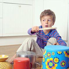 0f2887f3f86ad8 Trommel für Kinder mit Gegenständen aus Garten und Küche
